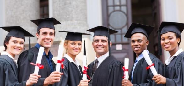 Qual a diferença da graduação tecnológica para a tradicional? - anhembi.br