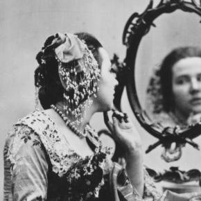 Craziest Anti-Aging Treatments Throughout History ...- marieclaire.com