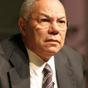 Colin Powell accuses Clinton of Hubris and dismisses Donald Trump as a disgrace / Photo: Wikimedia