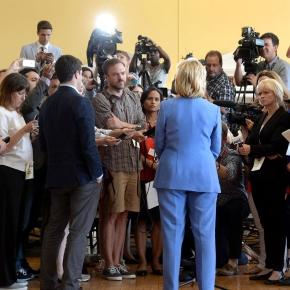 Hillary Clinton 2016: The women in the press van - POLITICO - politico.com