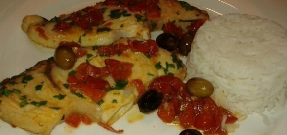 Cucinare pesce per quattro persone con 10 euro 39 verdesca for Cucinare per 40 persone