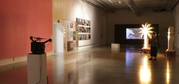 Galería de arte contemporáneo en la Tabakalera.