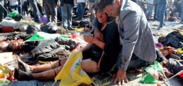 Après un attentat à Ankara. Les auteurs jubilent-ils autant que les lanceurs de fausses alertes ?