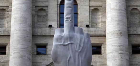 Le doigt d'honneur à la bourse de Milan - Culture / Next - liberation.fr