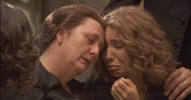 Il segreto trame spagnole al 30 9 la rabbia di una madre for Il segreto news spagna