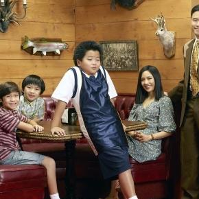 Fresh Off the Boat TV show on ABC: season 2 - tvseriesfinale.com