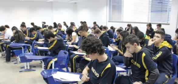 Prevista reformulação para ensino médio brasileiro.