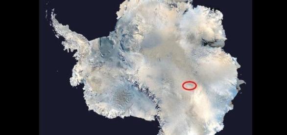 Poziționarea Lacului Vostok din Antarctica