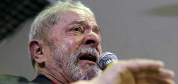 A la Une : Lula sera jugé pour corruption - Amériques - RFI - rfi.fr