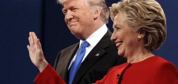 Hillary Clinton et Donald Trump lors du premier débat, (Associated Press)