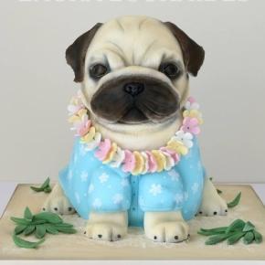 Bolos da cake designer são muito detalhados e realistas.