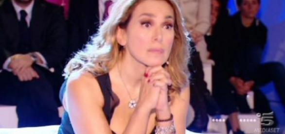 Barbara D'Urso in grave difficoltà durante un'intervista