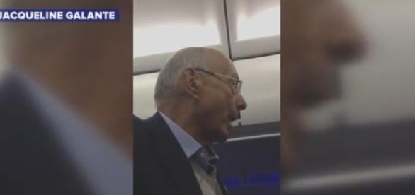 ex- Senator thrown off JetBlue / Screencap from Jacqueline Galante via Youtube