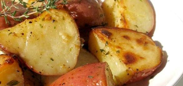 La patata - In cucina, varietà, in botanica | Alimentipedia ... - alimentipedia.it