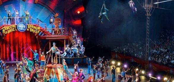Le cirque Barnum s'était attiré une renommée mondiale et le nom de Barnum est passé dans le vocabulaire