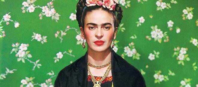 Frida Kahlo, eccentrica protagonista della mostra al Palazzo Albergati
