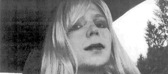 Chelsea Manning to be released early from prison as Obama commutes sentence