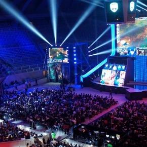 Os campeonatos de jogos digitais movimentam milhões de dólares.