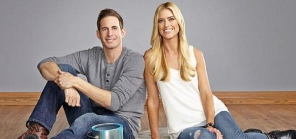 Flip Or Flop' Stars Tarek And Christina El Moussa Split After Huge ... - inquisitr.com