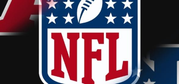 This weekend, four teams fight for 2 tickets to Super Bowl LI on Championship Weekend -shsroundtable.com