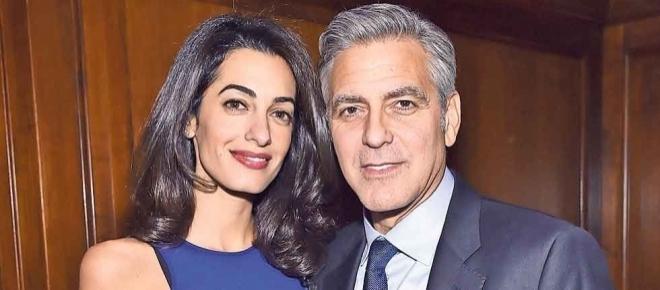 Clooney y su esposa esperan mellizos