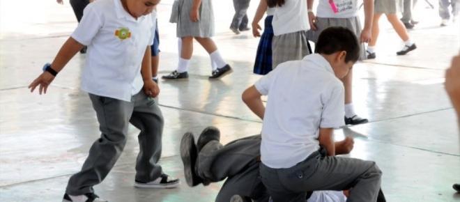 Estudiante mexicano ataca con arma de fuego a compañeros y maestra