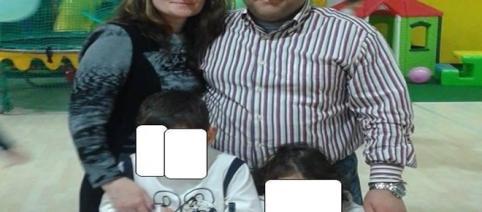 Adriana și soțul ei italian, Giampiero, alături de copii
