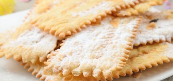 Ricetta Chiacchiere di Carnevale al forno o fritte