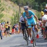 Vincenzo Nibali inseguito da Quintana
