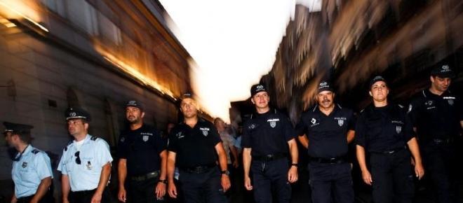 Os polícias são profissionais de primeira linha