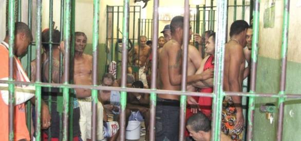 Mãe de detento morto ganha indenização de R$ 120 mil