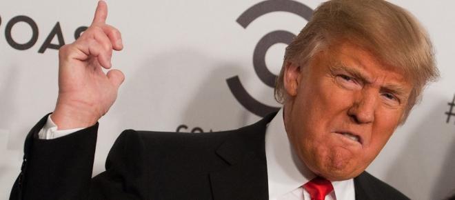 Donald Trump prohibe la entrada de siete nacionalidades a Estados Unidos.