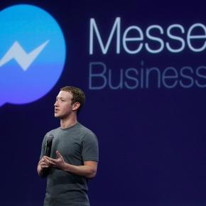 Mark Zuckerberg fala sobre o Messenger durante conferência em 2015.