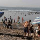 En pleno recreo la población de Mazatlan el último día del año.