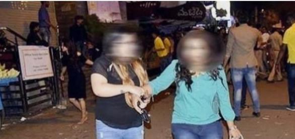 Original Footage | Bangalore Molestation | Girls Molested At New Year 2017 MG Road Bangalore screencap from Great Jaffa via Youtube