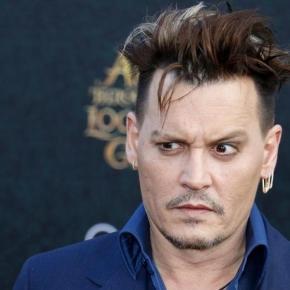 Johnny Depp métamorphosé, son nouveau look affole la Toile !   Non ... - non-stop-people.com