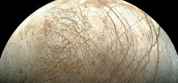 Suburban spaceman: Jupiter's Moon Europa May Have Penitentes ... - blogspot.com