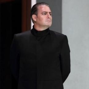 Tenor Matthew Polenzani, seen as Idomeneo at Royal Opera House, Covent Garden. Photo: Catherine Ashmore, courtesy of artist, used with permission.