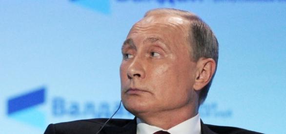 Why Vladimir Putin's Russia Is Backing Donald Trump - newsweek.com