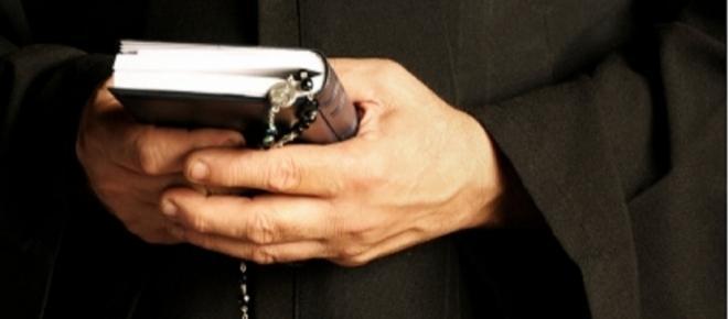 Arquidiócesis de Cali culpa a padres de niños por abuso de sacerdote