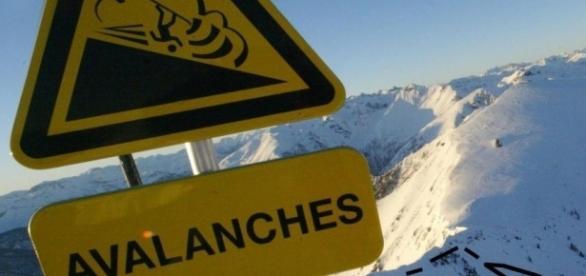 Neuf personnes emportées par une avalanche à Tignes