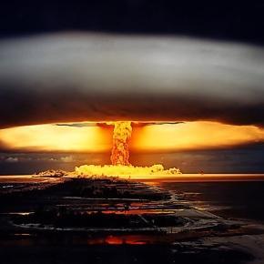 Duma-Außenpolitiker: Nur Atomwaffen halten Nato vor Angriff auf ... - sputniknews.com