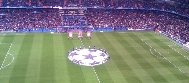 Real Madrid, 3 - Nápoles, 1: Tudo em aberto para a segunda mão