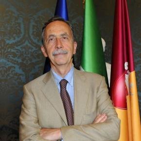 Le accuse a Paolo Berdini: no allo stadio per interessi personali?