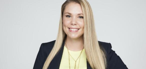 Kailyn Lowry promo photo via https://www.facebook.com/TeenMom2/