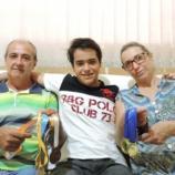 Renan com o pai e mãe: seus grandes motivadores (Foto: Heloísa Casonato/G1)