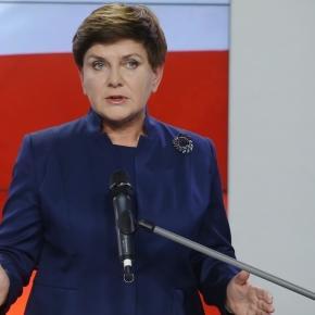 Premier Szydło utarła nosa opozycji