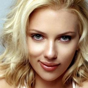 Scarlett Johansson Family Photos, Husband / spouse, Age, Height - chicksinfo.com