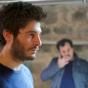 La porta rossa, arriva in tv il noir sovrannaturale di Carlo - play4movie.com