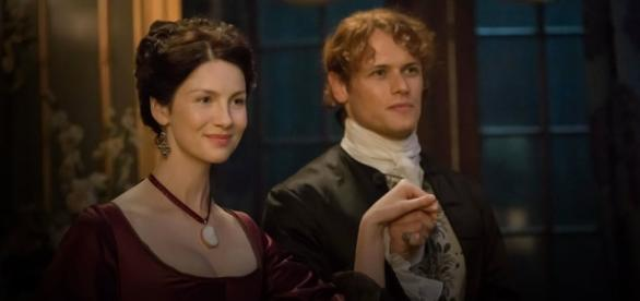 """Sam Heughan and Caitriona Balfe star in """"Outlander."""" (Image by Starz)"""